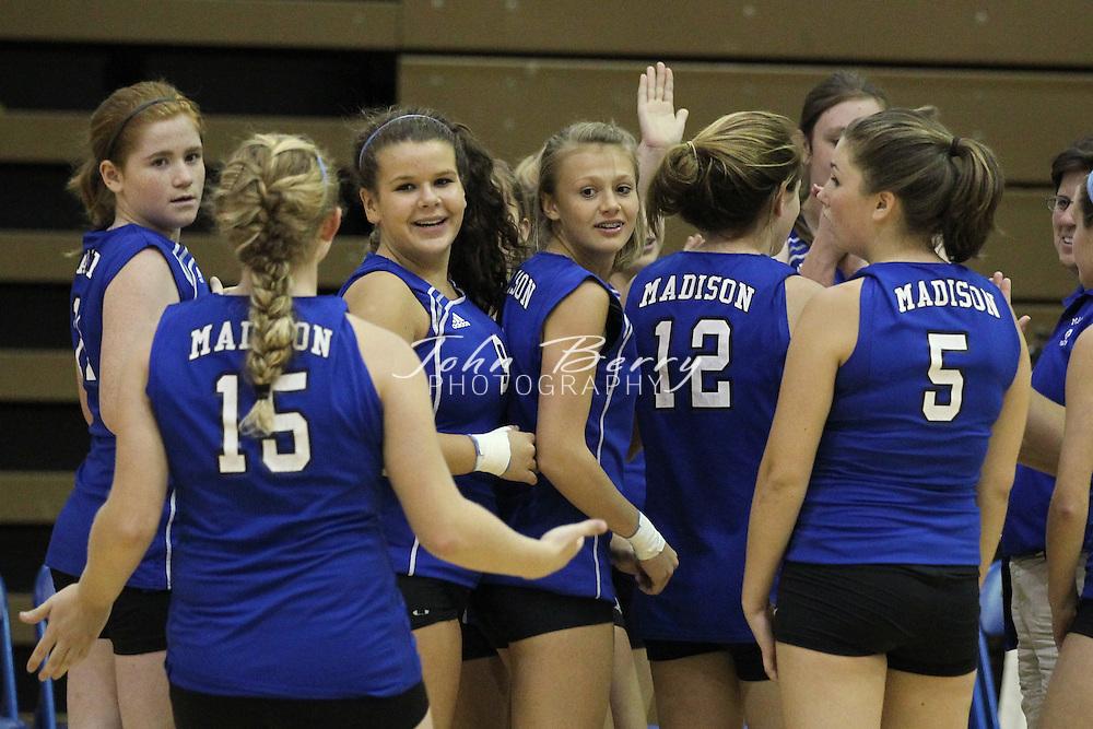September/28/10:  MCHS JV Volleyball vs Clarke.  Clarke defeats Madison 2-1.
