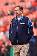 KANSAS CITY, MO - DECEMBER 14:   Head Coach Norv Turner of the San Diego Chargers watches his player warm up before a game against the Kansas City Chiefs on December 14, 2008 in Kansas City, Missouri.  The Chargers defeated the Chiefs 22-21.  (Photo by Wesley Hitt/Getty Images) *** Local Caption *** Norv Turner