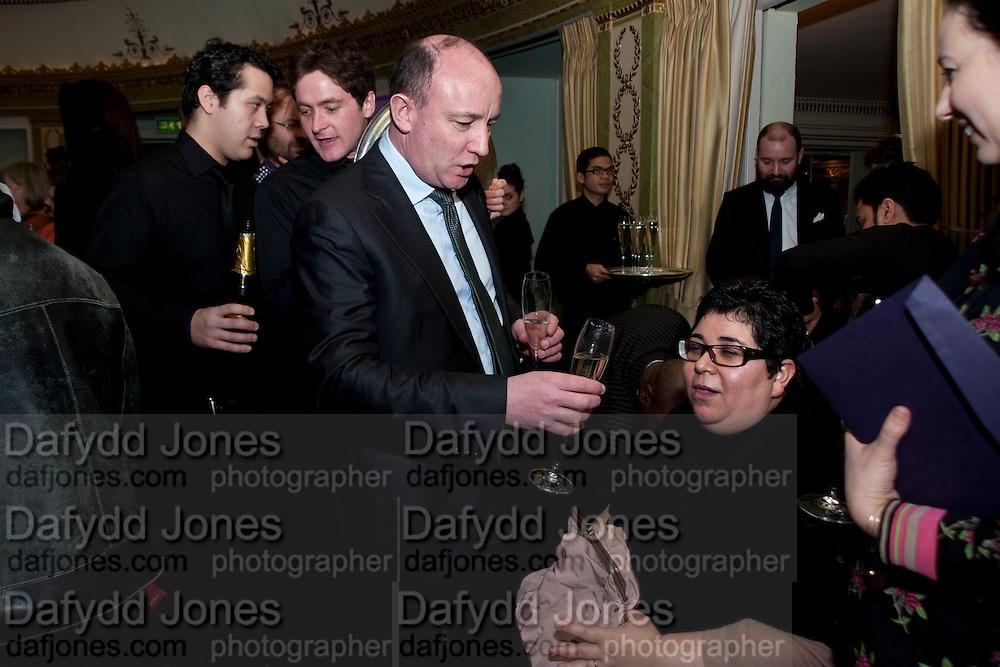 ANGELA DE LA CRUZ; GERRY IVERS, The South Bank Sky Arts Awards , The Dorchester Hotel, Park Lane, London. January 25, 2011,-DO NOT ARCHIVE-© Copyright Photograph by Dafydd Jones. 248 Clapham Rd. London SW9 0PZ. Tel 0207 820 0771. www.dafjones.com.