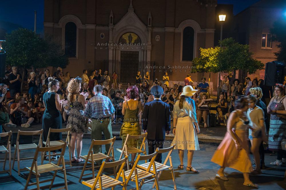 Roma, 26/06/2017: &quot;il condominio di via dei Sabelli presenta il condominio di via dei Sabelli&quot;, rappresentazione teatrale in piazza dell'Immacolata.<br /> &copy; Andrea Sabbadini