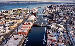 THEMENBILD - Uebersicht der Stadt mit den Kanalhafen, aufgenommen am 14. Maerz 2019 in Trondheim, Norwegen // Overview of the city with the canal port, Trondheim, Norway on 2018/03/14. EXPA Pictures © 2019, PhotoCredit: EXPA/ JFK