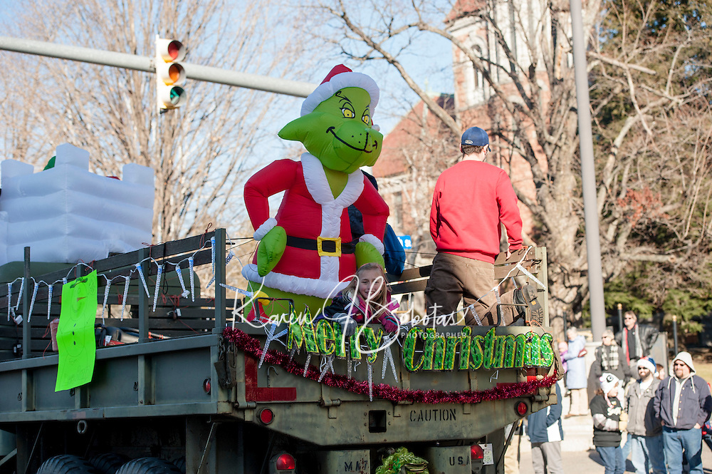 Downtown Laconia annual Holiday Parade Saturday, November 30, 2013.  Karen Bobotas/for the Laconia Daily Sun