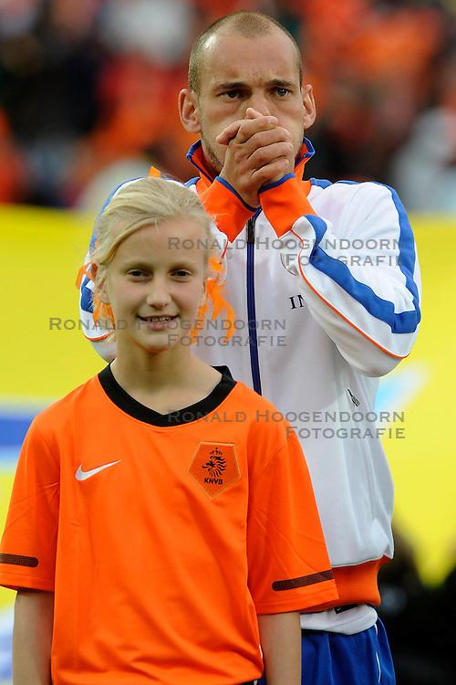 01-06-2010 VOETBAL: NEDERLAND - GHANA: ROTTERDAM<br /> Nederland wint vrij eenvoudig de oefenwedstrijd van Ghana / Wesley Sneijder<br /> &copy;2010-WWW.FOTOHOOGENDOORN.NL