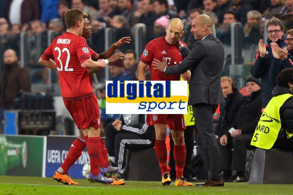 Esultanza Gol Arjen Robben con Josep Guardiola Bayern. Goal celebration <br /> Torino 23-02-2016 Juventus Stadium, Football Champions League 2015/2016 Round of 16 Juventus - Bayern Munich / Juventus - Bayern Monaco .  Foto Filippo Alfero / Insidefoto