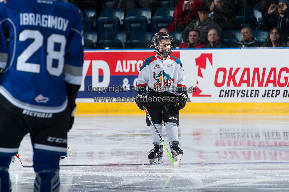 KELOWNA, CANADA - JANUARY 2: The Pepsi Save On foods Player of the game lines up on January 2, 2016 at Prospera Place in Kelowna, British Columbia, Canada.  (Photo by Marissa Baecker/Shoot the Breeze)  *** Local Caption *** Pepsi player;
