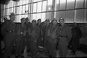 Southern Command Troops boarding the U.S. Globemasters at Dublin Airport at dawn en route to Cyprus.<br /> 13.10.1964