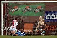 n/z.: (L) Marcin Bojarski (Cracovia) strzela gola dla Cracovii & (R) bramkarz Krzysztof Kotorowski (Lech) podczas meczu ligowego Cracovia Krakow - Lech Poznan , I liga 19 kolejka sezon 2006/2007, Orange Ekstraklasa , pilka nozna , Polska , Krakow , 30-03-2007 , fot.: Adam Nurkiewicz / mediasport..(L) Marcin Bojarski (Cracovia) scores the goal for Cracovia & (R) goalkeeper Krzysztof Kotorowski (Lech) during soccer first division league match between Cracovia Cracow and Lech Poznan in Cracow, Poland. March 30, 2007 ; 19 round season 2006/2007 , football , Poland , Cracow ( Photo by Adam Nurkiewicz / mediasport )