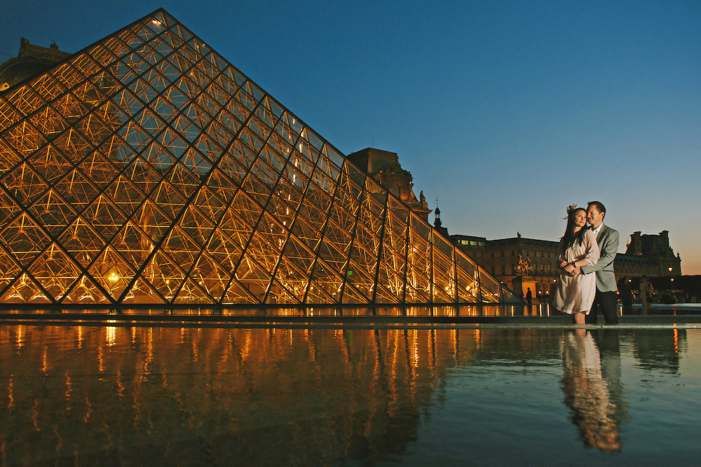 Paris Wedding Photography at the Louvre.  Image by Maine Wedding Photographer, Puerto Vallarta Wedding Photographer, New York City Wedding Photographer and Philadelphia Wedding Photographer Michelle Turner.