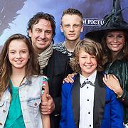 NLD/Ede/20140615 - Premiere film Heksen bestaan niet, Marco Borsato, partner Leontien Ruiters en kinderen Senna, Luca en Jada