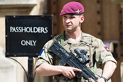May 24, 2017 - London, London, UK - London, UK. A British army soldiers patrols the Houses of Parliament in response to an imminent terrorist attack following the Manchester Arena bombing. (Credit Image: © Ray Tang/London News Pictures via ZUMA Wire)