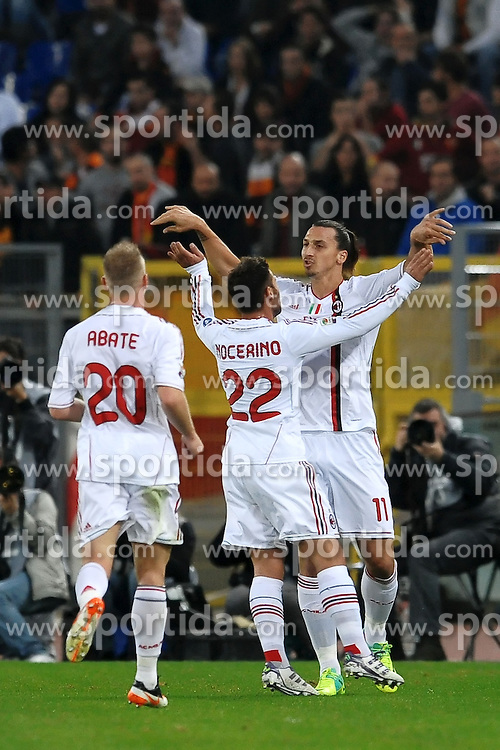 29.10.2011, Olympia Stadion, Rom, ITA, Serie A, AS Rom vs AC Mailand, im Bild Esultanza di Zlatan Ibrahimovic Milan dopo il gol .Goal celebration // durin the Serie A match between AS Rom vs AC Mailand, at the Olympic Stadium, Rome, Italy on 29/10/2011. EXPA Pictures © 2011, PhotoCredit: EXPA/ InsideFoto/ Andrea Staccioli +++++ ATTENTION - FOR AUSTRIA/(AUT), SLOVENIA/(SLO), SERBIA/(SRB), CROATIA/(CRO), SWISS/(SUI) and SWEDEN/(SWE) CLIENT ONLY +++++