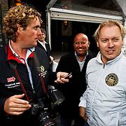 NLD/Amsterdam/20100525 - Premiere film Sex & the City 2, fotografen Edwin Smulders, Reni van Maren en Dennis van Tellingen