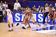DESCRIZIONE : Milano Lega A 2014-15 <br /> EA7 Olimpia Milano - Acea Virtus Roma <br /> GIOCATORE : David Hackett<br /> CATEGORIA : controcampo palleggio penetrazione<br /> SQUADRA : EA7 Olimpia Milano<br /> EVENTO : Campionato Lega A 2014-2015 <br /> GARA : EA7 Olimpia Milano - Acea Virtus Roma<br /> DATA : 12/04/2015<br /> SPORT : Pallacanestro <br /> AUTORE : Agenzia Ciamillo-Castoria/GiulioCiamillo<br /> Galleria : Lega Basket A 2014-2015  <br /> Fotonotizia : Milano Lega A 2014-15 EA7 Olimpia Milano - Acea Virtus Roma