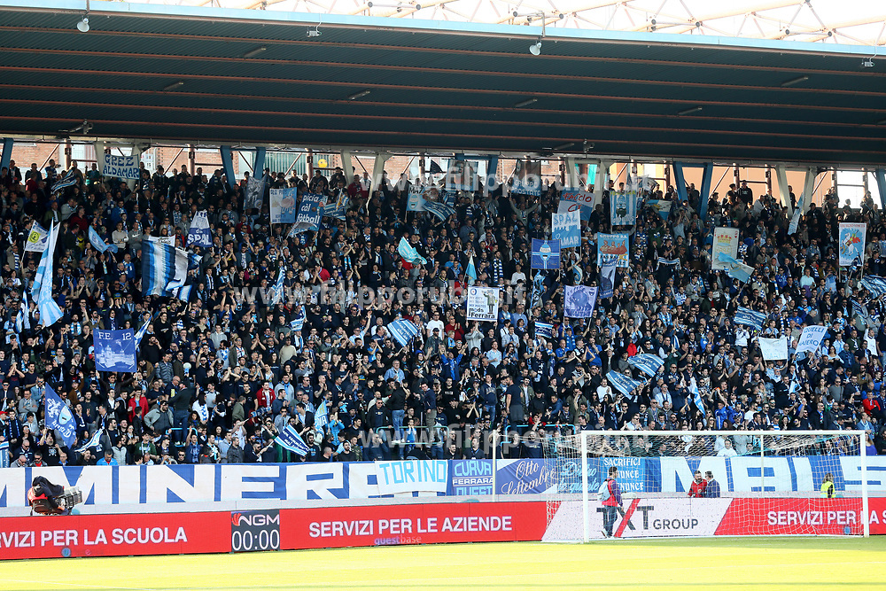 "Foto Filippo Rubin<br /> 07/04/2018 Ferrara (Italia)<br /> Sport Calcio<br /> Spal - Atalanta - Campionato di calcio Serie A 2017/2018 - Stadio ""Paolo Mazza""<br /> Nella foto: I TIFOSI DELLA SPAL<br /> <br /> Photo by Filippo Rubin<br /> April 07, 2018 Ferrara (Italy)<br /> Sport Soccer<br /> Spal vs Atalanta - Italian Football Championship League A 2017/2018 - ""Paolo Mazza"" Stadium <br /> In the pic: SPAL SUPPORTERS"