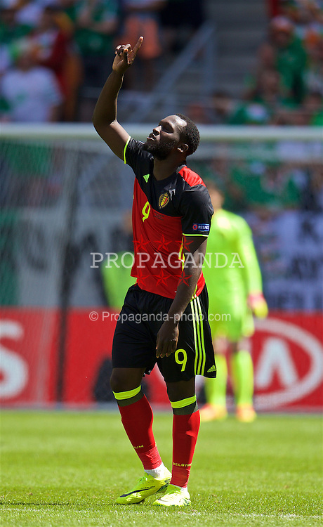 BORDEAUX, FRANCE - Saturday, June 18, 2016: Belgium's Romelu Lukaku celebrates scoring his sides first goal to make the score 1-0 during the UEFA Euro 2016 Championship Group E match against the Republic of Ireland at Stade de Bordeaux. (Pic by Paul Greenwood/Propaganda)