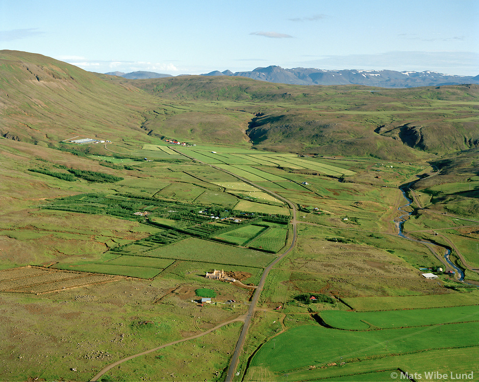 Gróandi, Katlagil og Helgadalur séð til suðurs, Mosfellsbær / Groandi, Katlagil and Helgadalur viewing south.