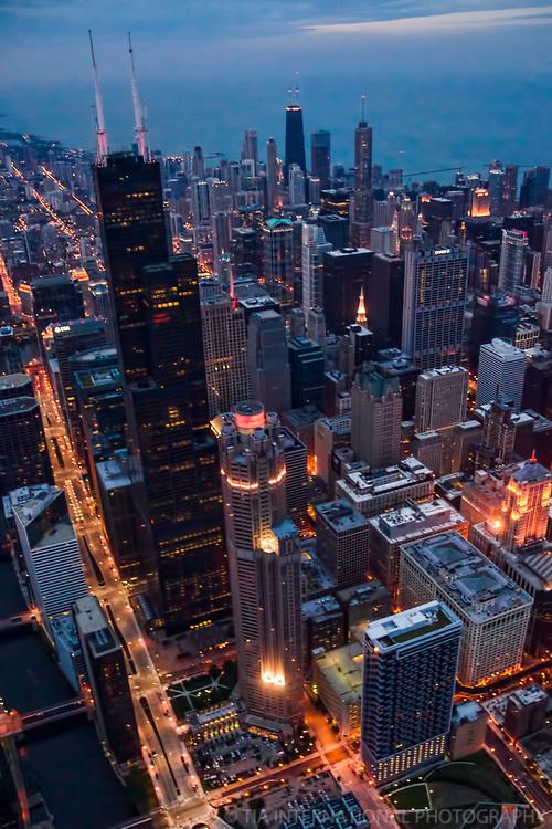 Willis Tower & Wacker Avenue, Downtown Chicago