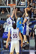 DESCRIZIONE : Cantu Lega A 2011-12 Bennet cantu Vanoli Braga Cremona<br /> GIOCATORE : Greg Brunner<br /> SQUADRA :  Bennet cantu <br /> EVENTO : Campionato Lega A 2011-2012 <br /> GARA : Bennet cantu Vanoli Braga Cremona<br /> DATA : 22/01/2012<br /> CATEGORIA : Stoppata<br /> SPORT : Pallacanestro <br /> AUTORE : Agenzia Ciamillo-Castoria/ L.Goria<br /> Galleria : Lega Basket A 2011-2012 <br /> Fotonotizia : Cantu Lega A 2011-12  Bennet cantu Vanoli Braga Cremona<br /> Predefinita