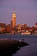 New York. the empire state building, Manhattan Midtown skyline , Hudson river, , view from Hoboken and New Jersey  New York - United states  /   l'empire state building , le skyline de Manhattan Midtown,,  l'hudson river, vue depuis Hoboken New Jersey  New York - Etats-unis