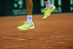 13-09-2014 NED: Davis Cup Nederland - Kroatie, Amsterdam<br /> Nederland verliest de dubbel en staat op de tweede dag met 2-1 achter / Sportschoenen, serve, springend, item tennis