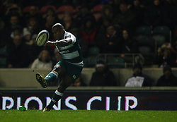 Seremaia Bai of Leicester Tigers kicks a penalty - Mandatory byline: Jack Phillips / JMP - 07966386802 - 13/11/15 - RUGBY - Welford Road, Leicester, Leicestershire - Leicester Tigers v Stade Francais - European Rugby Champions Cup Pool 4