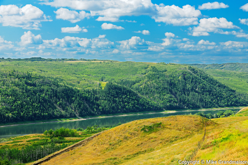 Scenic in the Peace River Valley and the Peace River<br />