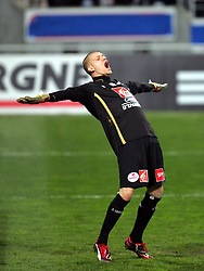 Lille goalkeeper Ludovic Butelle reacts during the 1/4 Final of la Coupe de France, Stade Municipal, Toulouse, France, 18th March 2009.