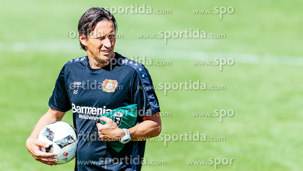29.07.2016, Alois Latini Stadion, Zell am See, AUT, Bayer 04 Leverkusen, Trainingslager, im Bild Trainer Roger Schmidt (Bayer 04 Leverkusen) // during the Trainingscamp of German Bundesliga Club Bayer 04 Leverkusen at the Alois Latini Stadium in Zell am See, Austria on 2016/07/29. EXPA Pictures © 2016, PhotoCredit: EXPA/ JFK