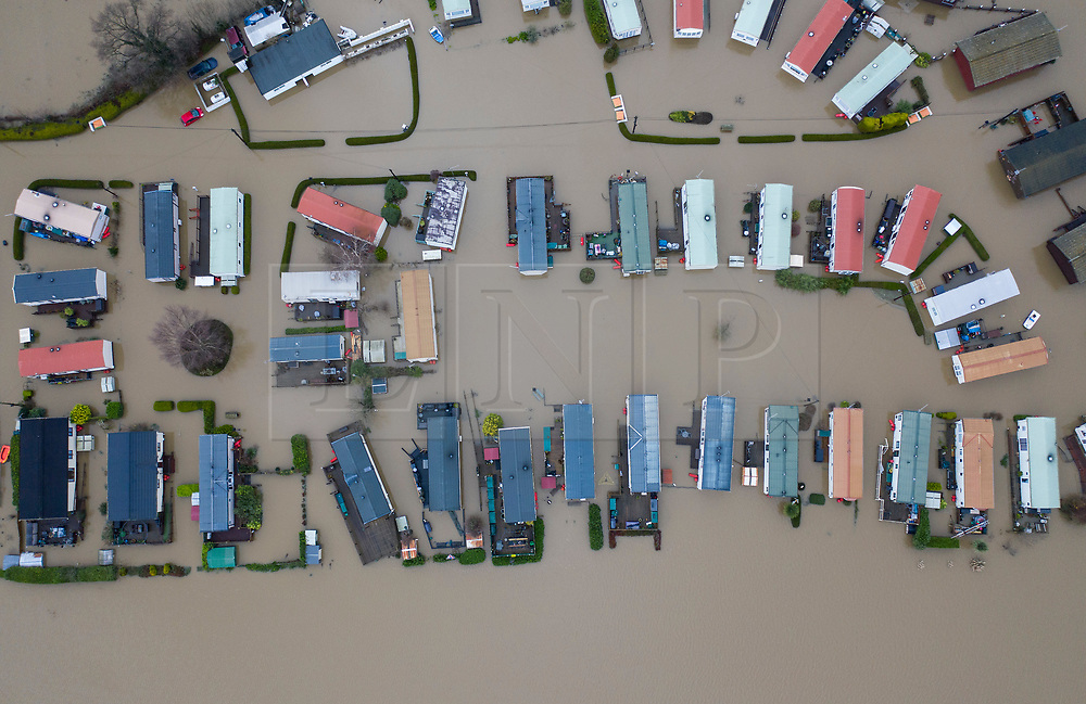 © Licensed to London News Pictures. 22/12/2019. Yalding, UK. The Little Venice caravan park near Yalding in Kent is inundated with flood water after the River Medway burst its banks. River levels remain high after a second night of heavy rain in the south. More rain is expected today. Photo credit: Peter Macdiarmid/LNP