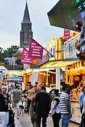 Nederland, Millingen, 22-7-2017De jaarlijkse kerstkermis in het dorp. Het is een kleine kermis. DorpskermisFOTO: FLIP FRANSSEN