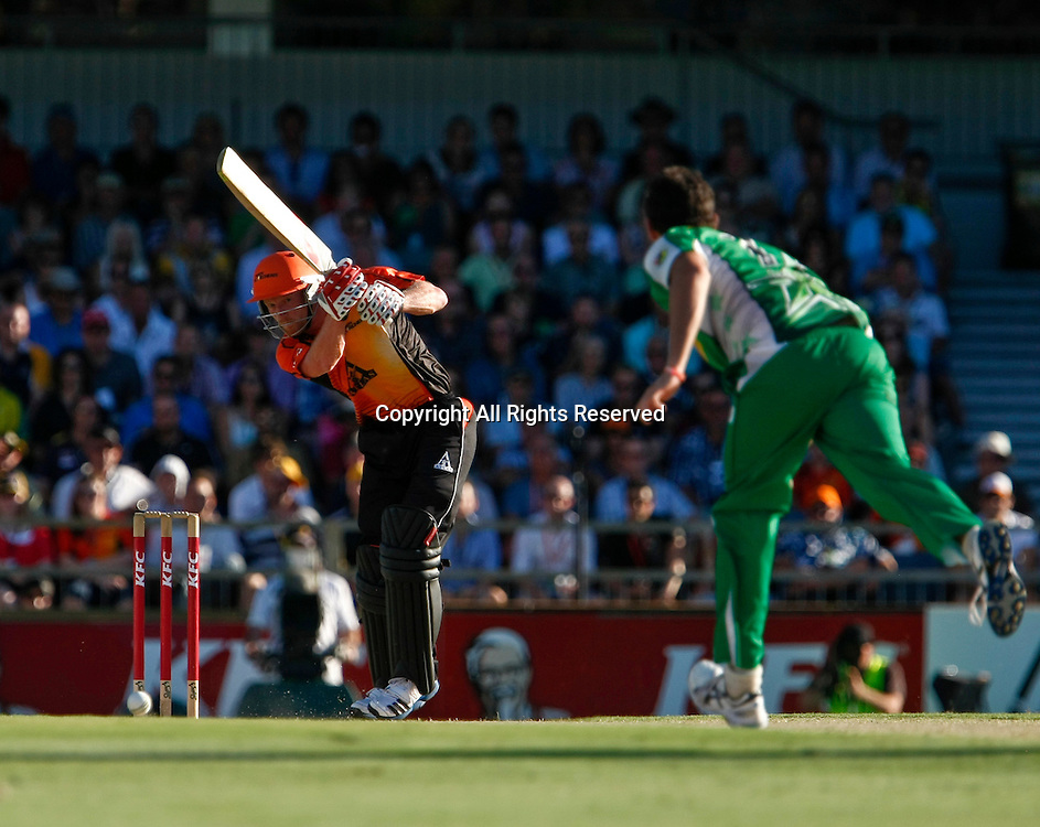 21.01.2012. Perth Australia. Big Bash Cricket.  Paul Collingwood plays an off drive in the Semi Final between the Perth Scorchers and Melbourne Stars.
