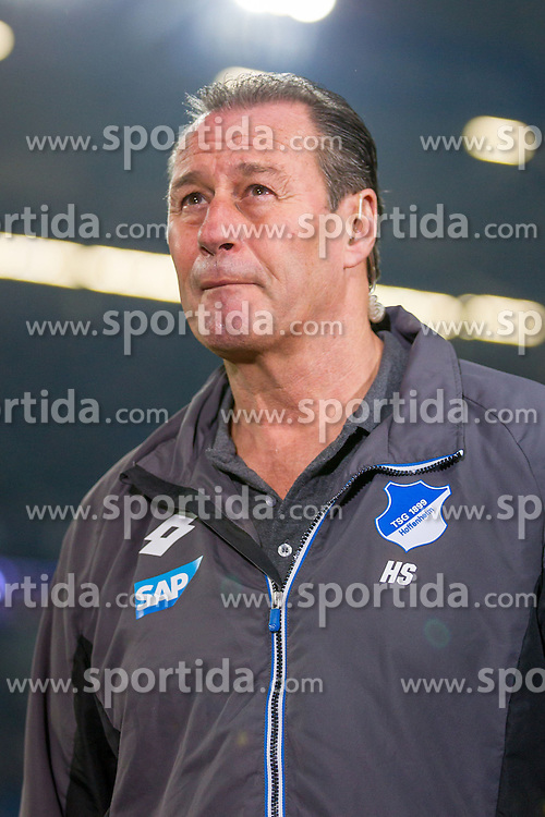 18.12.2015, Veltins Arena, Gelsenkirchen, GER, 1. FBL, Schalke 04 vs TSG 1899 Hoffenheim, 17. Runde, im Bild Trainer Huub Stevens (TSG 1899 Hoffenheim) // during the German Bundesliga 17th round match between Schalke 04 and TSG 1899 Hoffenheim at the Veltins Arena in Gelsenkirchen, Germany on 2015/12/18. EXPA Pictures &copy; 2015, PhotoCredit: EXPA/ Eibner-Pressefoto/ Schueler<br /> <br /> *****ATTENTION - OUT of GER*****