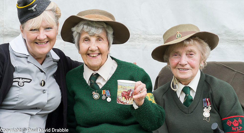 Hull Veterans Weekend Aileen with two of the loveliest ladies you could wish to meet both Veterans of the Women's Land Army. One of the Highlights of our Weekend at Hull Veterans  Weekend  Muriel Berzins and Iris Newbould On Sunday<br /> 25-26 July 2015<br />  Image © Paul David Drabble <br />  www.pauldaviddrabble.co.uk