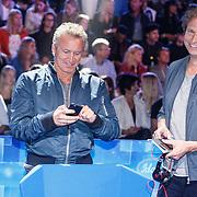 NLD/Amsterdam20160518 - 1e Liveshow Idols 5 2016, Erland Galjaard en Ronald Molendijk