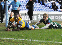 Rugby Union - 2019 / 2020 Gallagher Premiership - London Irish vs. Bath<br /> <br /> Semesa Rokoduguni of Bath dives over for his first half try, at Madejski Stadium.<br /> <br /> COLORSPORT/ANDREW COWIE