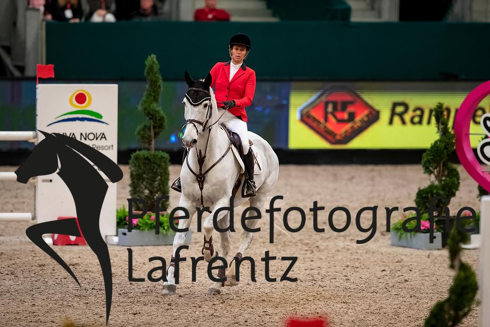 VILLMANN-DOLL Ines (GER), Castor<br /> Leipzig - Partner Pferd 2019<br /> SPOOKS-Amateur Trophy<br /> Medium Tour<br /> 18. Januar 2019<br /> © www.sportfotos-lafrentz.de/Stefan Lafrentz