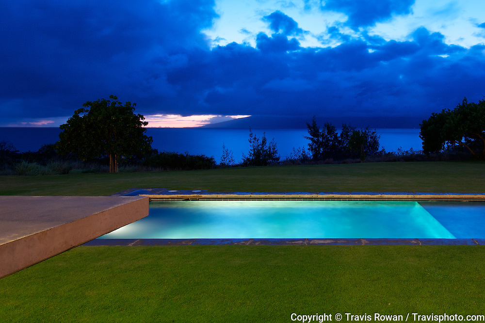 Private estate on the island of Maui featuring state of the art architecture. Architect: Olson Kundig Architects