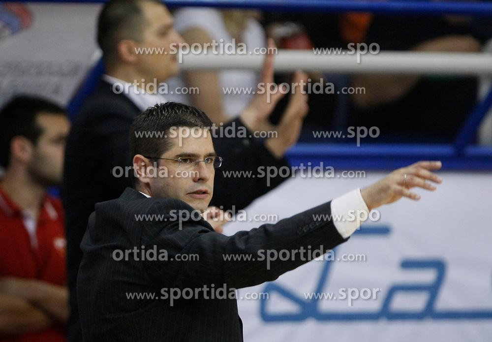 Sasa Nikitovic trener kosarkasa Crvene zvezde na utakmici prvenstva Srbije  protiv FMP Zeleznika u hali FMP<br /> 18.05.2011. godine<br /> Foto: Marko Metlas / Sportida