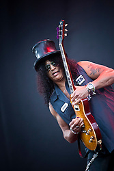 Slash featuring Myles Kennedy play the main stage.<br /> T in the Park on Saturday 9th July 2011. T in the Park 2011 music festival takes place from 7-10th July 2011 in Balado, Fife, Scotland.<br /> &copy;Pic : Michael Schofield.
