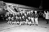 1967 Australian Footballers leaving Dublin Airport