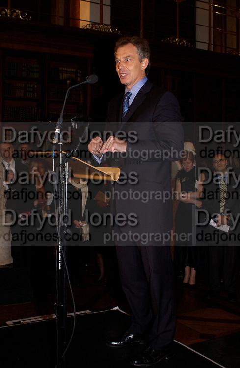 UK Prime Minister Tony Blair,  British Museum 250th Anniversary party, 15 December 2003. © Copyright Photograph by Dafydd Jones 66 Stockwell Park Rd. London SW9 0DA Tel 020 7733 0108 www.dafjones.com