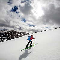 Ski touring Avimore.Photograph David Cheskin.