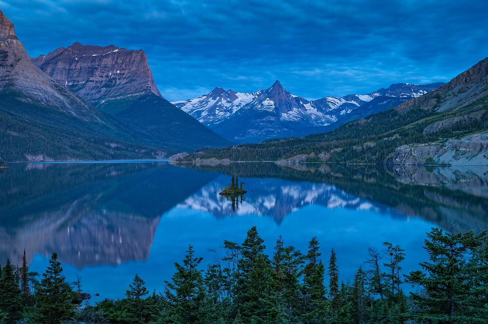 Saint Mary Lake and Wild Goose Island; Glacier National Park, Montana, USA.