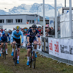 20190201: UCI CX Worlds : Dübendorf: Thee alps showing up behind the peloton