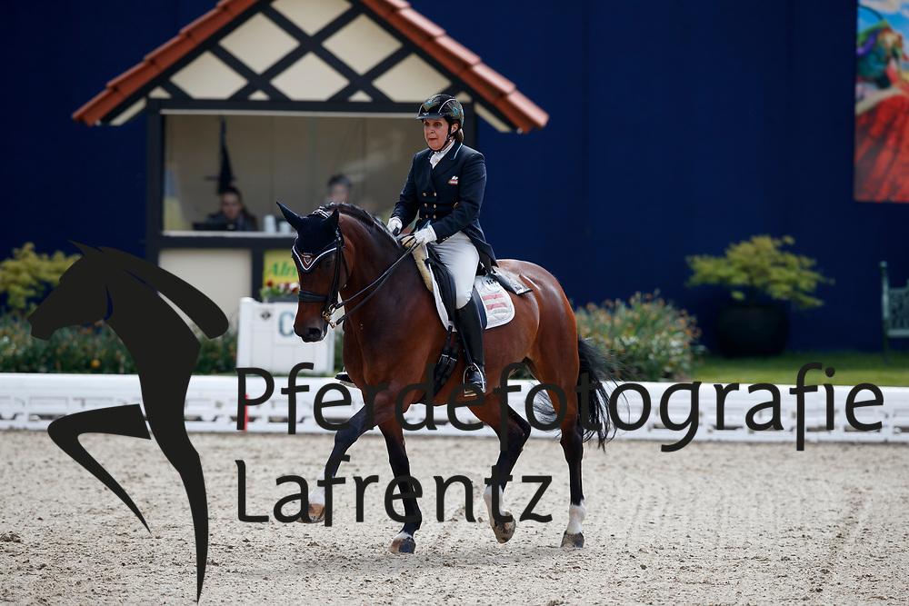 HAIM-SWAROVSKI Evelyn (AUT), Dorina<br /> Hagen - Horses and Dreams meets the Royal Kingdom of Jordan 2018<br /> Grand Prix de Dressage<br /> 26. April 2018<br /> www.sportfotos-lafrentz.de/Stefan Lafrentz