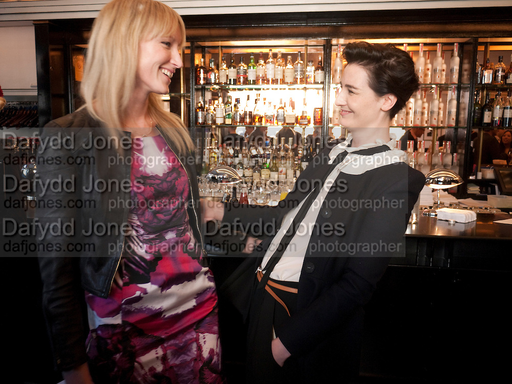 JADE PARFITT; ERIN O'CONNOR;  The launch of the Belvedere Bloody Mary Brunch to London's Caprice. Le Caprice. Arlington st. London. 7 April 2011.  -DO NOT ARCHIVE-© Copyright Photograph by Dafydd Jones. 248 Clapham Rd. London SW9 0PZ. Tel 0207 820 0771. www.dafjones.com.