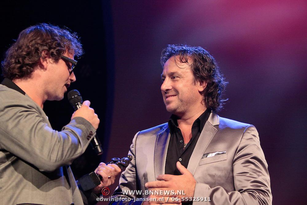 NLD/Rotterdam/20111002 - Uitreiking Edisons Pop 2011, Guus Meewis en Marco Borsato