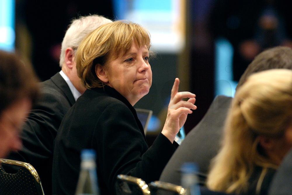20 FEB 2006, BERLIN/GERMANY:<br /> Angela Merkel, CDU Bundesvorsitzende und Bundeskanzlerin, Bundesausschuss und Wertekonferenz der CDU unter dem Motto Neue Gerechtigkeit durch mehr Freiheit, Hotel Maritim<br /> IMAGE: 20060220-01-021