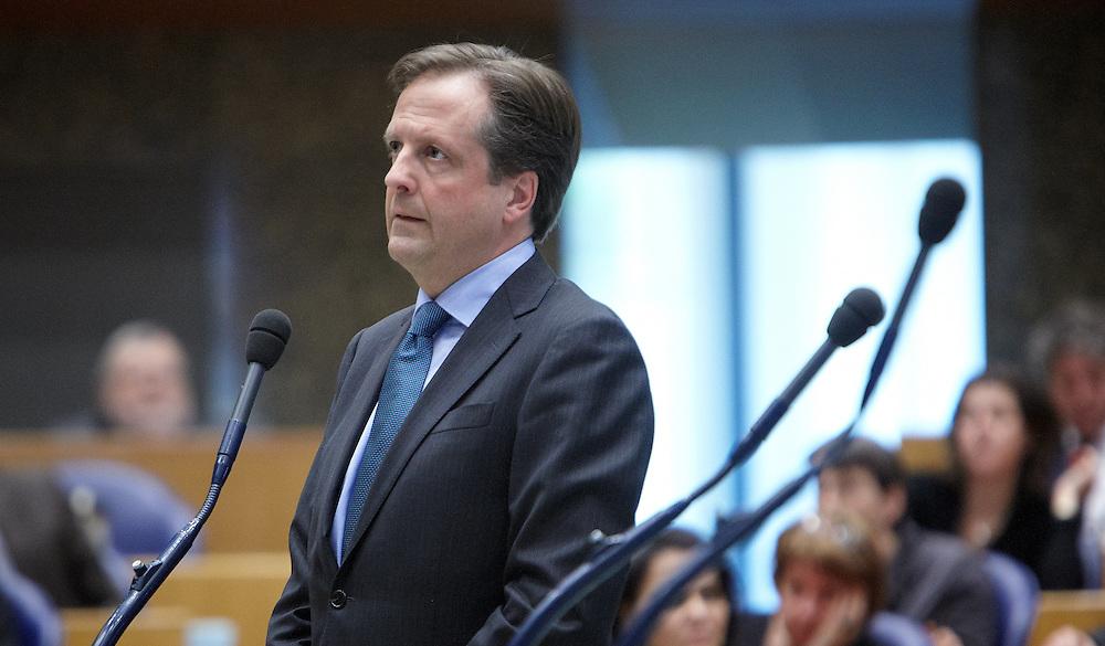 Nederland. Den Haag, 24 april 2012.<br /> Alexander Pechtold, D66<br /> Foto : Martijn Beekman