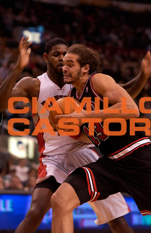 DESCRIZIONE : Toronto NBA 2010-2011 Toronto Raptors Chicago Bulls<br /> GIOCATORE : Joakim Noah<br /> SQUADRA : Toronto Raptors Chicago Bulls<br /> EVENTO : Campionato NBA 2010-2011<br /> GARA : Toronto Raptors Chicago Bulls<br /> DATA : 15/12/2010<br /> CATEGORIA :<br /> SPORT : Pallacanestro <br /> AUTORE : Agenzia Ciamillo-Castoria/V.Keslassy<br /> Galleria : NBA 2010-2011<br /> Fotonotizia : Toronto NBA 2010-2011 Toronto Raptors Chicago Bulls<br /> Predefinita :